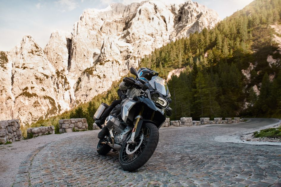 New Bmw R 1250 Rs Motorbike For Sale Dick Lovett Bmw Motorrad
